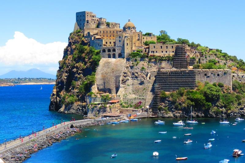 C.R.A.B. Soggiorni di vacanza ad Ischia | C.R.A.B.
